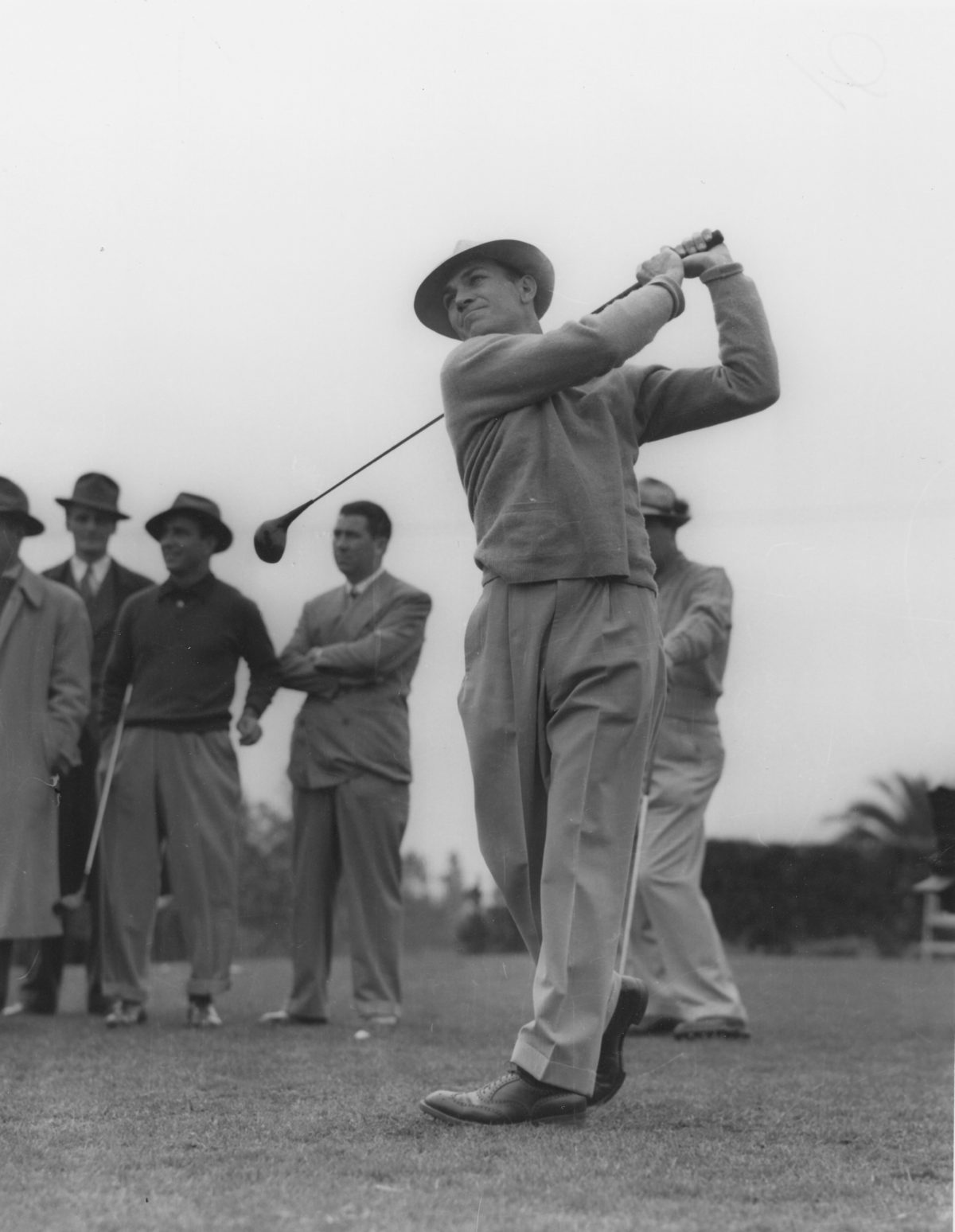 Ben Hogan 1946 LA Open -Snead in background